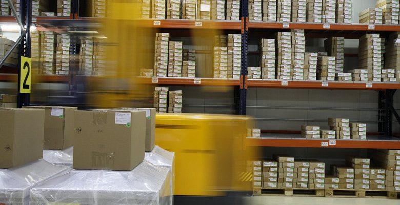 Livraison de marchandises : les caractéristiques et les avantages des palettes de transport