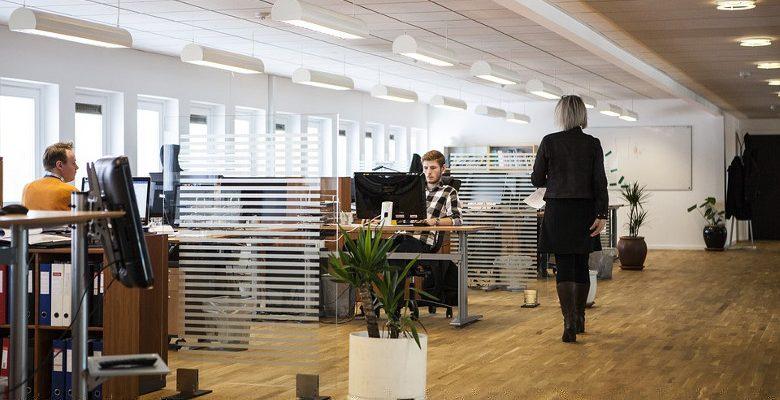La vitrophanie et son impact dans les bureaux des entreprises