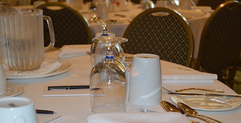 Organiser une soirée professionnelle dans un restaurant haut de gamme