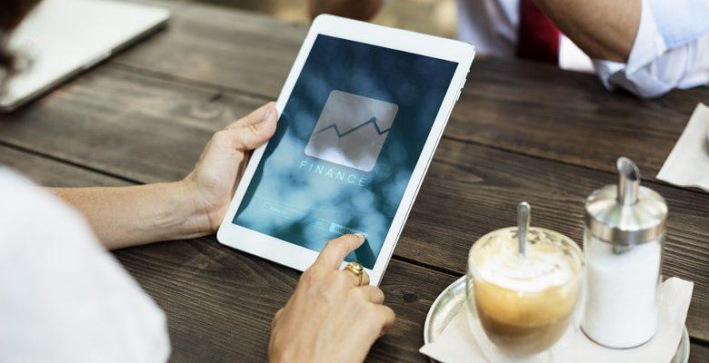 Gérer une boutique en ligne : les bénéfices des applications Click & Collect