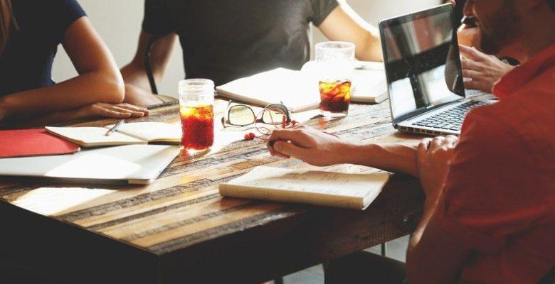Le management de transition, un procédé lié au monde de l'entreprise